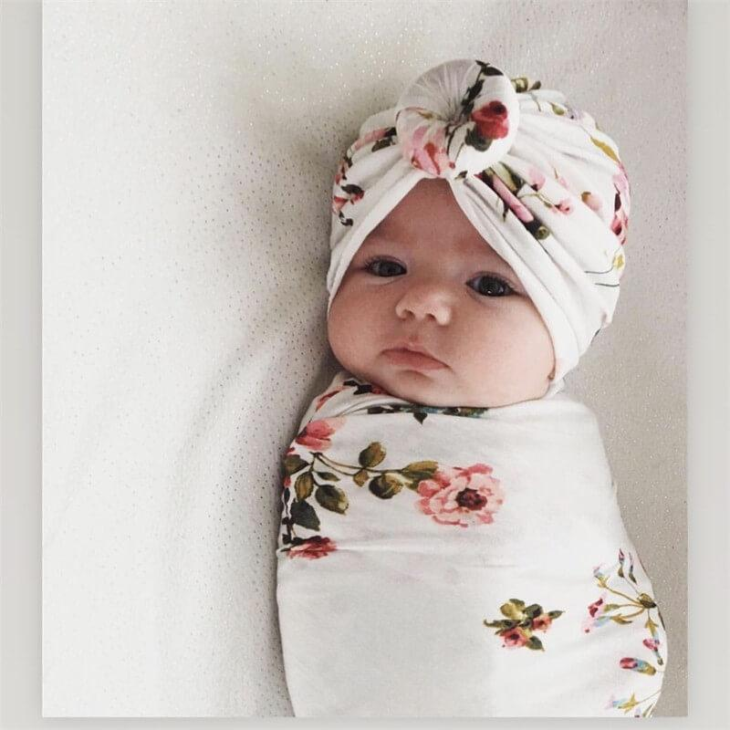 2-piece Baby Sleeping Baby with Headband Suit