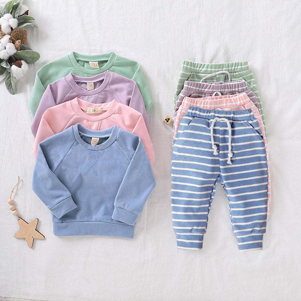 2-Piece Striped Baby Suit
