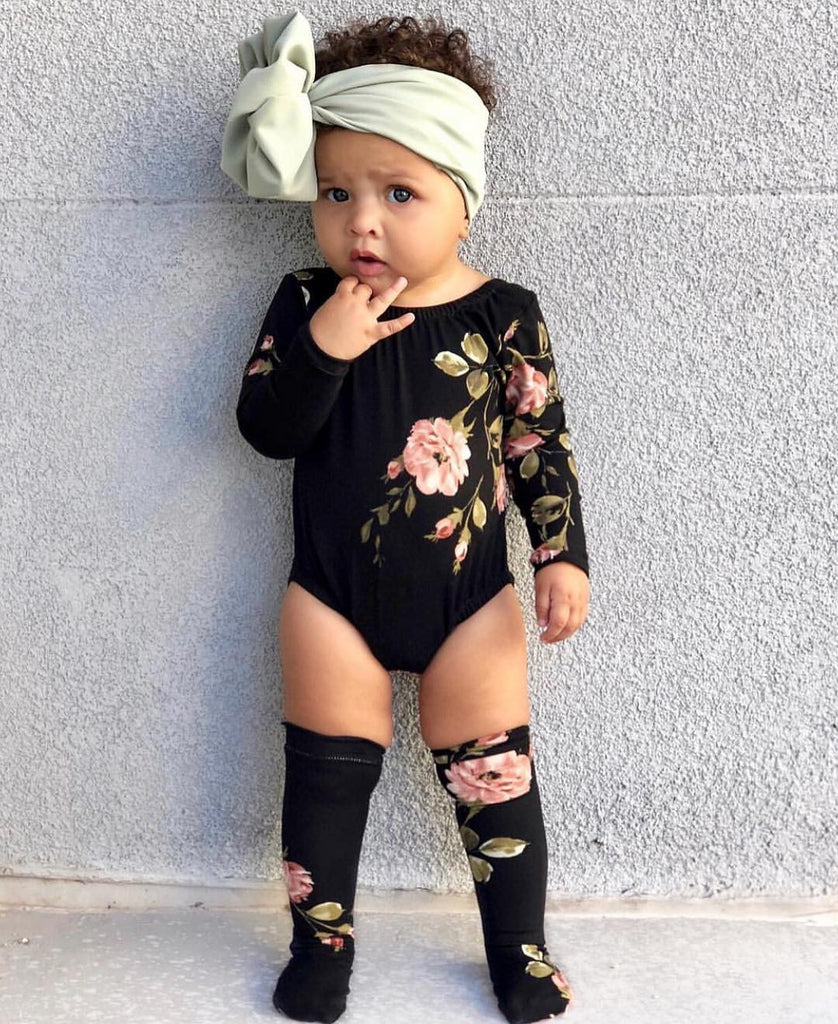 2-piece Baby HOT Romper with socks