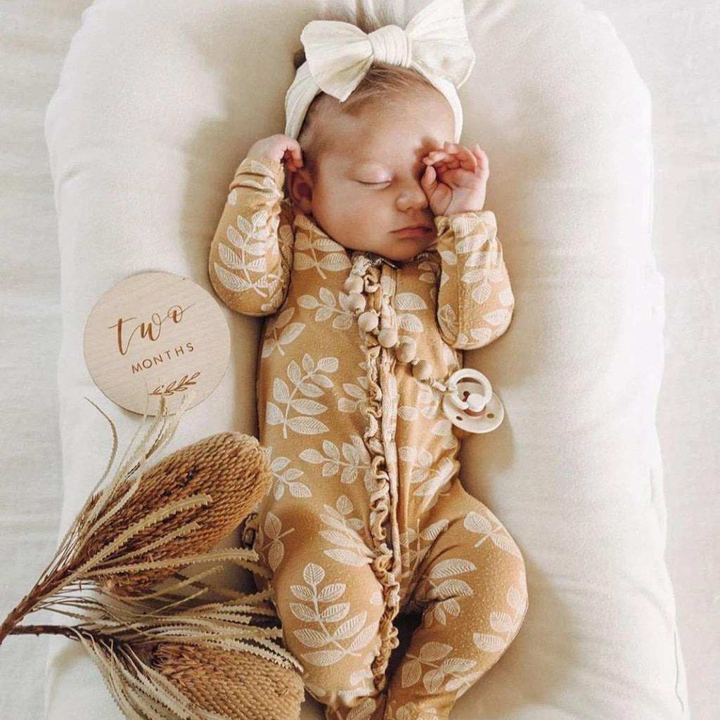 2-piece Leaf Baby Jumpsuit