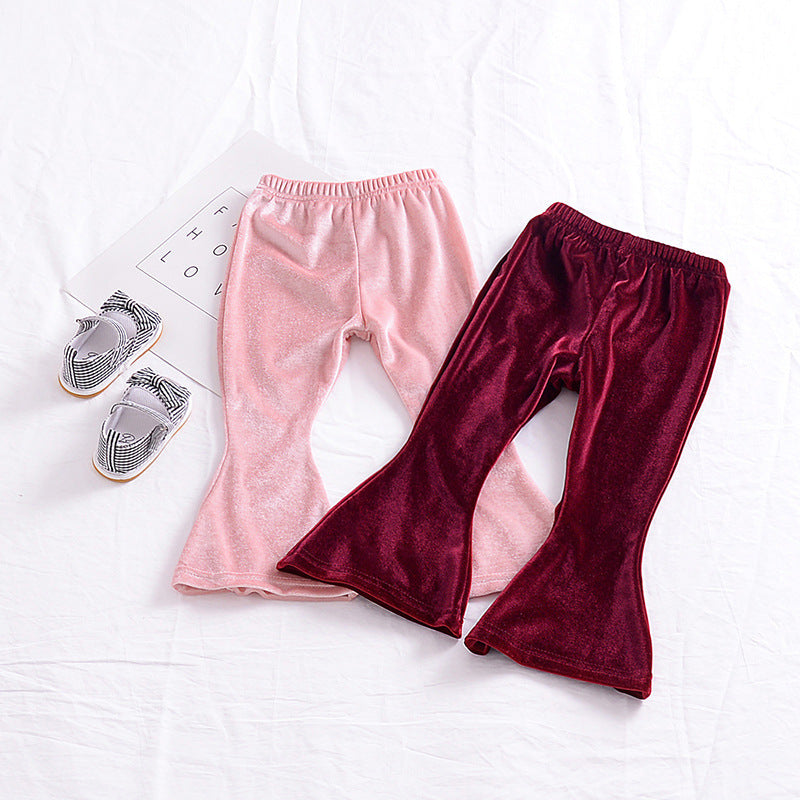 The girl's baby Velvet Pants