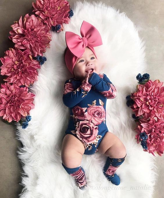 2-piece Chic Baby Sassy  Oneies with Socks