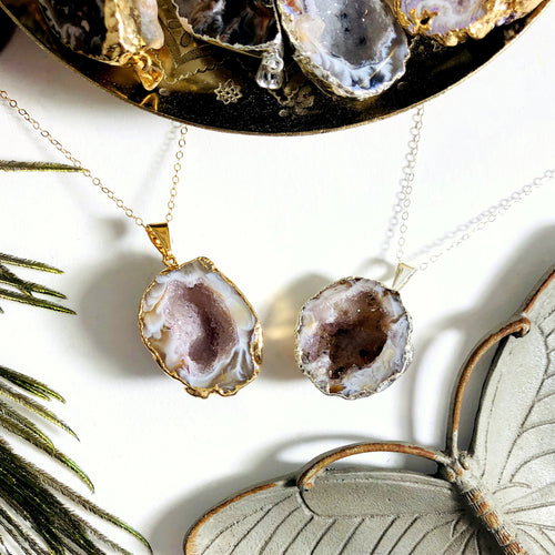Agate Druzy Geode Half Pendant Electroplated 24k Gold/Silver Edge (S52B28b)