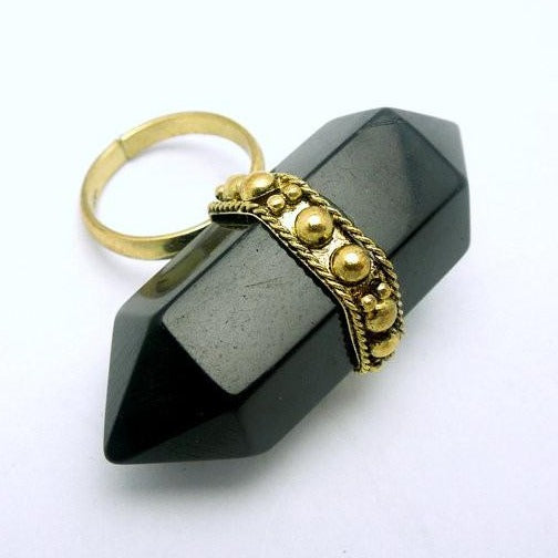 Tibetan-style Brass and Black Double Termiated Pencil Point Adjustable Ring (S52B6-02)