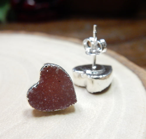 Gemstone Heart Shaped Stud Earrings with Electroplated Silver Edge (S125B10)