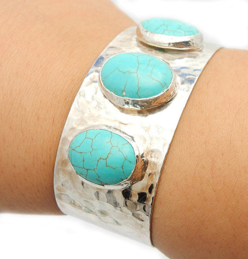 Turquoise Howlite Electroplated Silver Cuff (4BROWNSHELF-43)