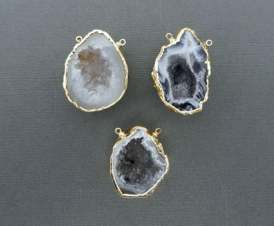 Geode Half Druzy Crystal Double Bail Pendant with 24k Gold Electroplated bail GHP (S74B11-06)
