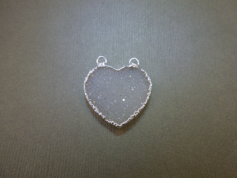 Druzy Heart Double Bail Pendant Charm Electroplated edged in Silver (S1B6-08)