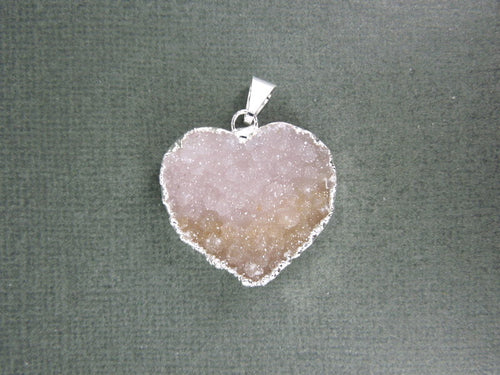 Large Druzy Heart Pendant Charm Electroplated Silver (S1B6-06)