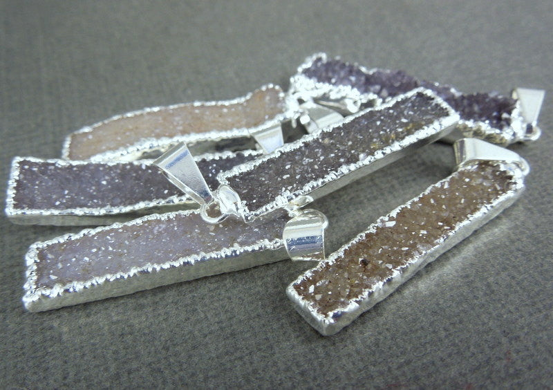 Druzy Rectangle Bar Pendant with Silver Electroplated Edge (S1B3-03)