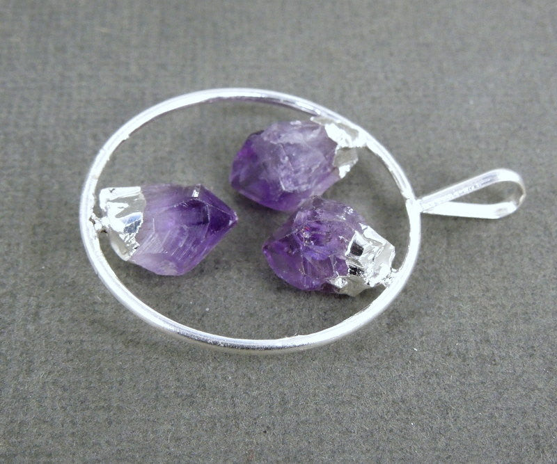 Amethyst Pendant- Round Amethyst Crystal Silver Electroplated Pendant (S6B15-06)