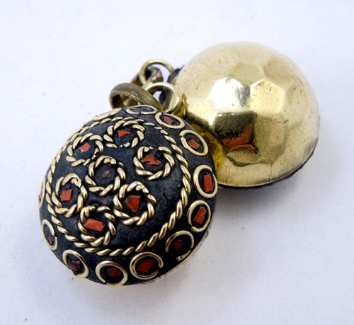 Brass Pendant-- Tibetan Brass Round Pendant with Orange Howlite Mosaic (S53B10-02)