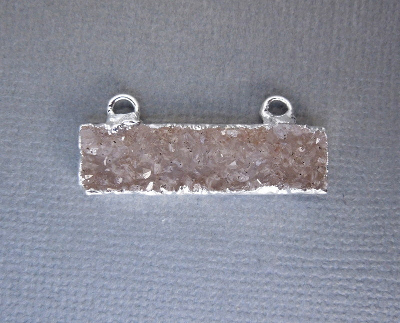 Druzy Rectangle Bar Double Bail Pendant with Electroplated Silver Edge (S1B13-09)