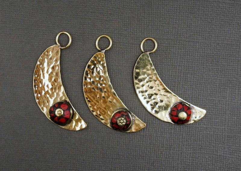 Half Moon Pendant with Round Red Coral Colored Mosaic - Tibetan Brass Hammered Half Moon Pendant - (S18B15-01)