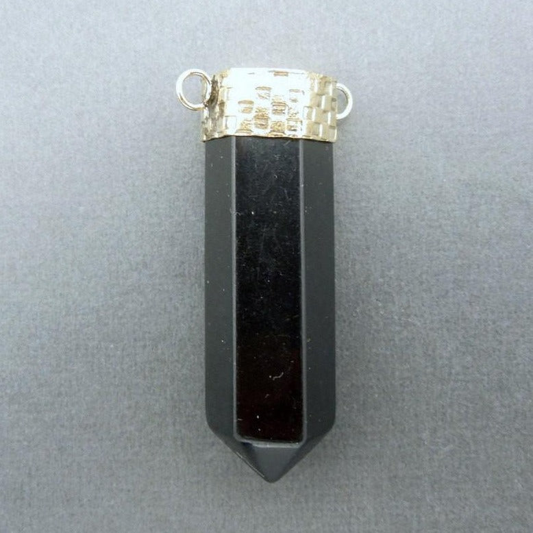 Black Colored Point Pendant Connector with Brass Cap and Bails (S51B3-01)