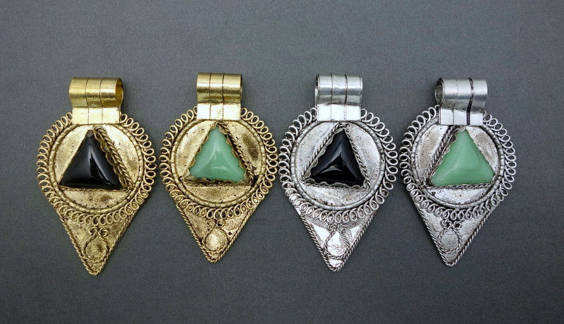 Tibetan-Style Teardrop Pendant with Green Agate Triangle Accent and Silver-toned (S52B3)