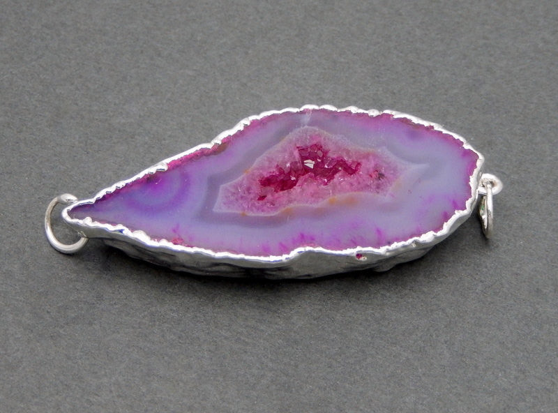 Druzy Agate Slice Double Bail Pendant Connector -- Hot Pink Agate with Electroplated Silver Edge And Bails DSA (S35B8b-03)