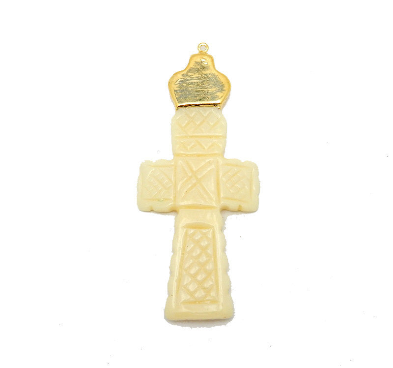 White Bone Engraved Cross Pendant with Electroplated 24k Gold Cap and Bail (S95B5-09)