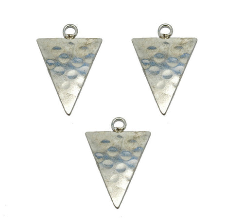 Hammered Silver Toned Triangle Pendant (S52B14b-07)