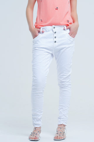 Boyfriend white jeans with wrinkles - Epethiya