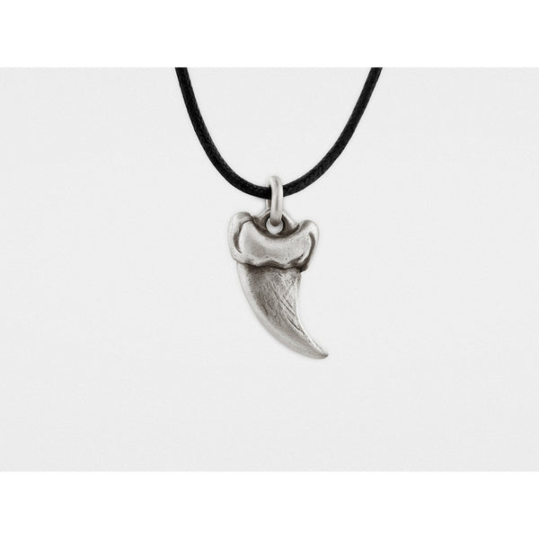 Small Bear Claw Pendant in Sterling Silver - Epethiya