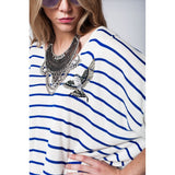 White sweater with blue stripes and bird detail on the front - Epethiya