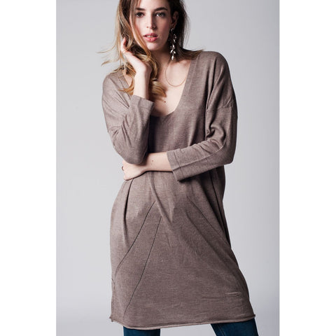 Beige long knit sweater with deep V neck - Epethiya