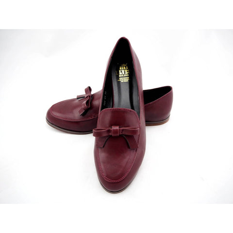 Amber red wine loafers with feminine bow - Epethiya