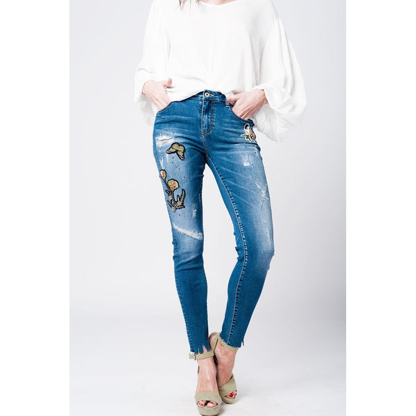 Skinny rip jeans with embroidered patches - Epethiya