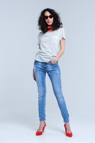 Boyfriend jean with button front in mid wash - Epethiya