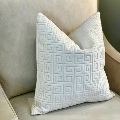 AUBIN PILLOW