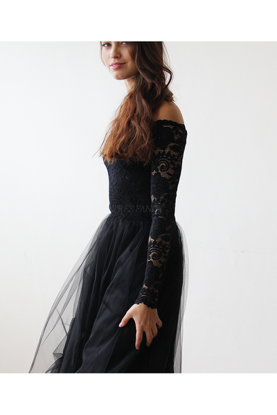 Black Off-The-Shoulder Lace and Tulle maxi dress-Women - Apparel - Bridal-Blushfashion-Très Fancy