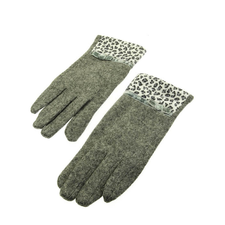 Gray Fuzzy Leopard Printed Gloves - Wool Blend Velvet Animal Print