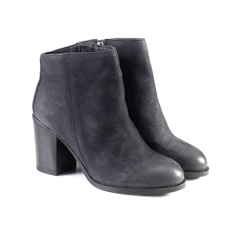 Phoebe Ankle Boots, Women - Shoes - Booties, Artemisia, Très Fancy, 36, , , , 261ff96a-Navy-36, [fashion_accessories_online_shopping_canada]