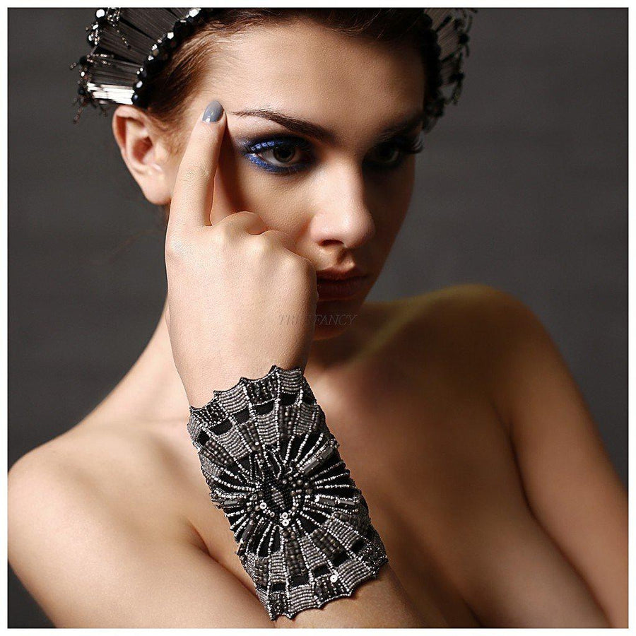 SUPERNOVA SPIDER WEB CUFF., Women - Jewelry - Bracelets, BEGADA, Très Fancy, , , , , STYLE_X_1000-Gray, [fashion_accessories_online_shopping_canada]