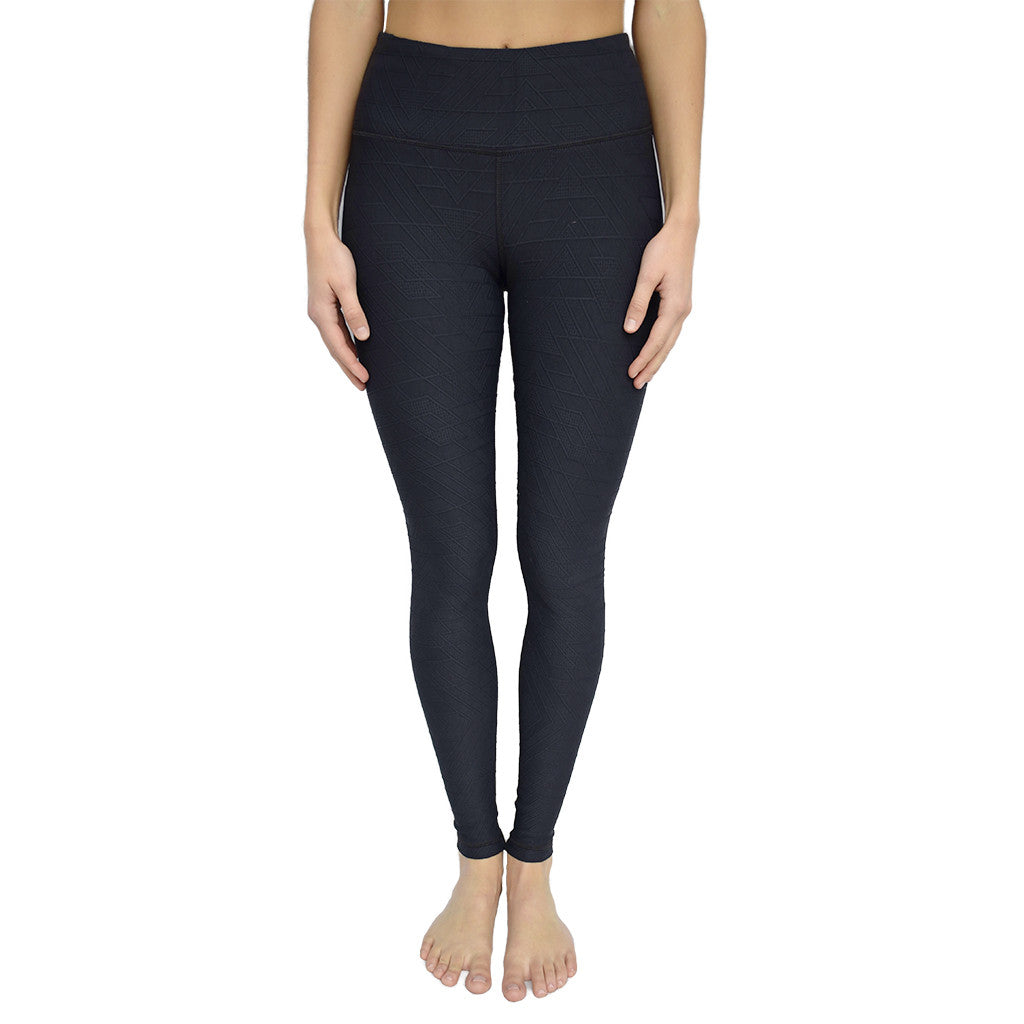 vimmia-high waist triangle legging-mercer & winnie