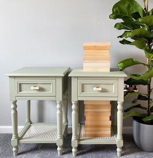 Wise Old Sage Table Makeover