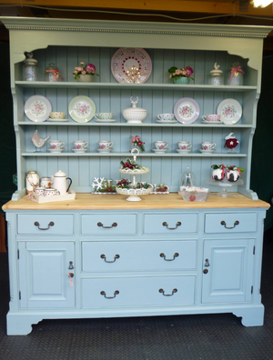 Mother Duck Dresser Upcycling Project