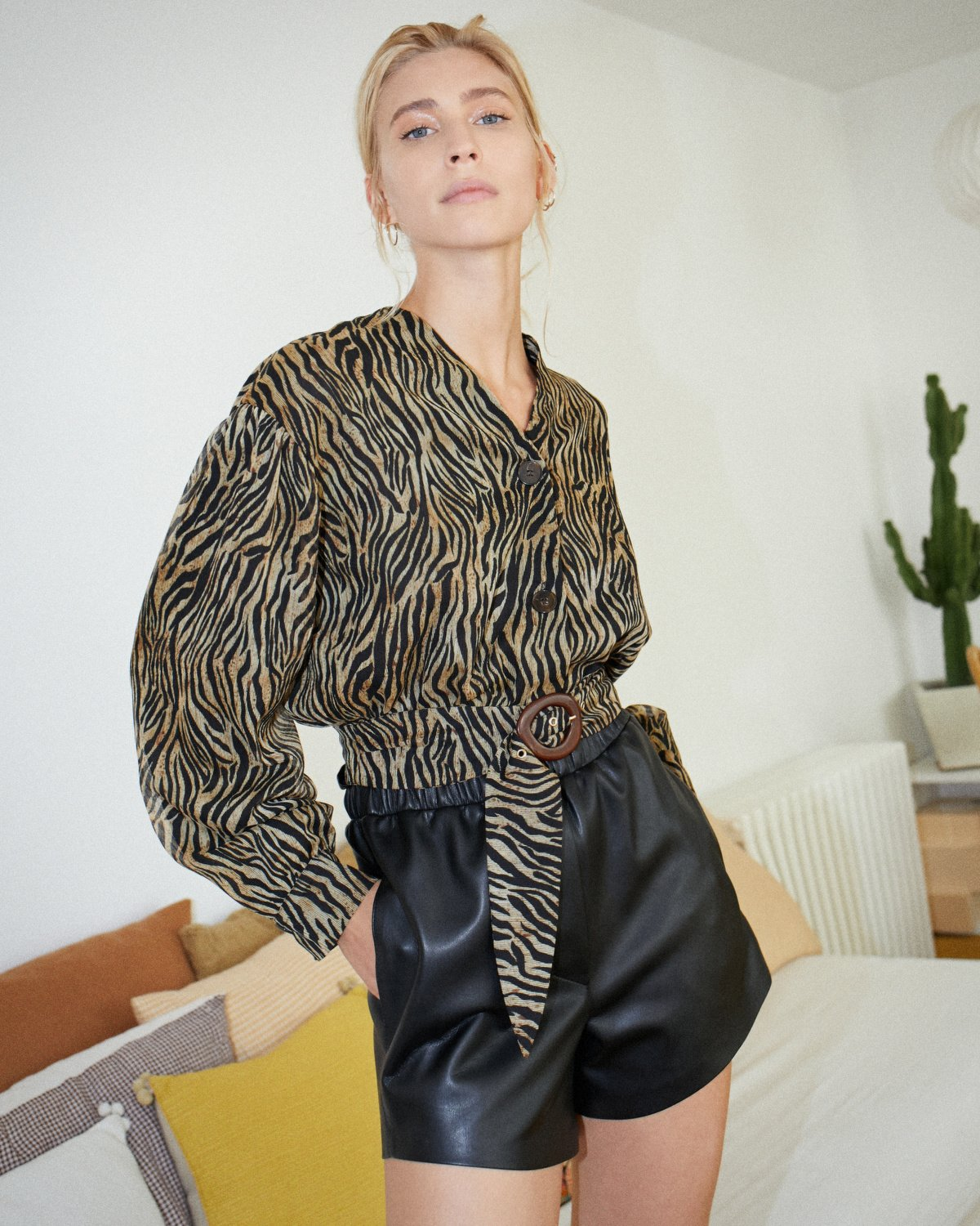 DASHA - Balloon sleeve shirt - Tiger print