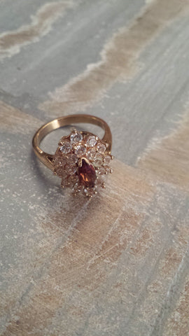 Sidney - faux garnet and diamonds cluster cabochon vintage ring - Filliae store