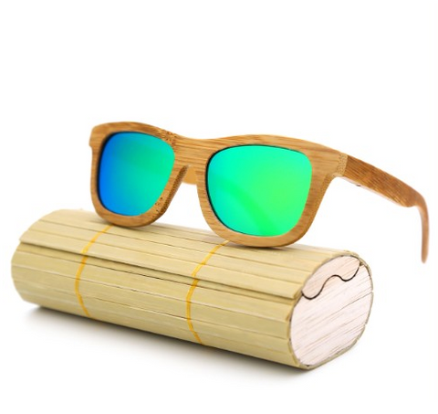 Baverly - Light Bamboo Sunglasses with Dazzle Green Polarized Lens - Eleven Gift