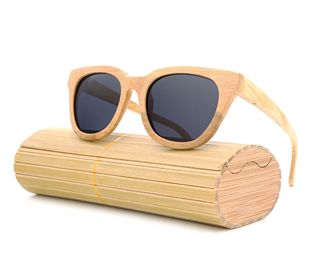 Daytona - Light Bamboo Sunglasses with Shadow Gray Polarized Lens