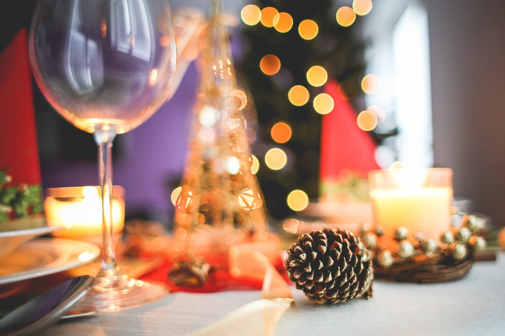 Five Unique Ways to Decorate Your Dining Table for Christmas