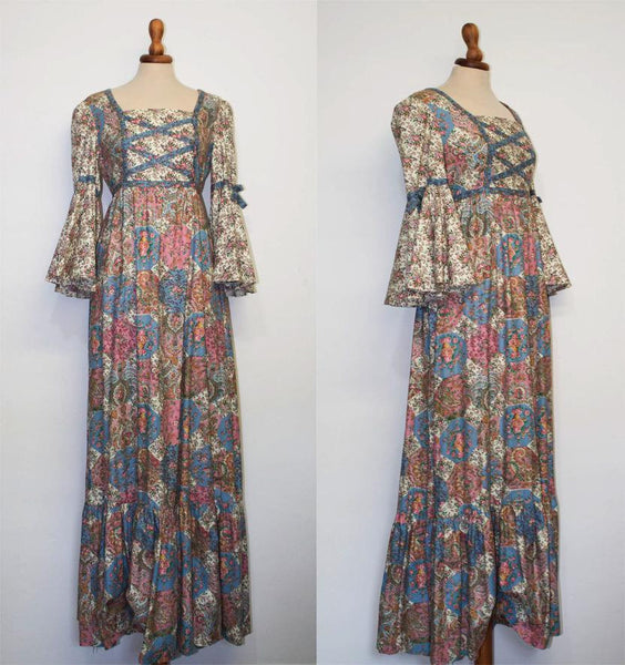 1970s original vintage long Boho dress / Antique style medieval look / Sartorial made - MyLoftVintage