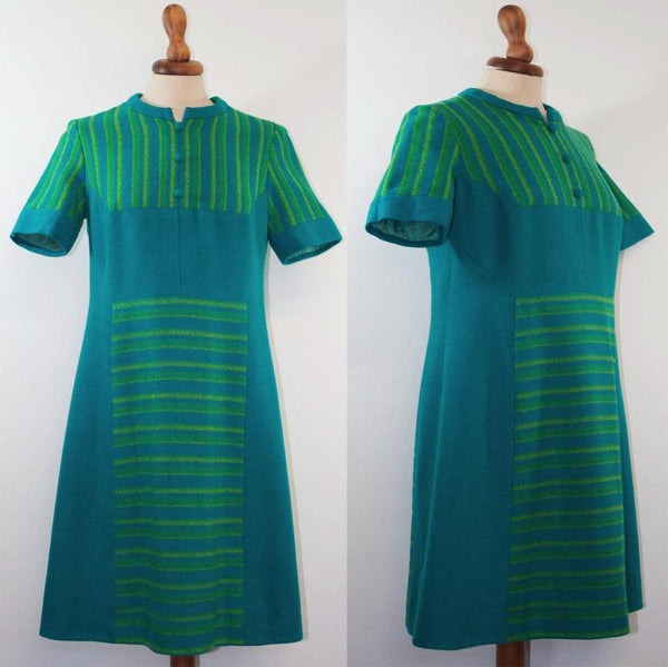 1960s original vintage dress / Sartorial made / Green and turquoise tones / Short sleeves trapezoid shape - MyLoftVintage
