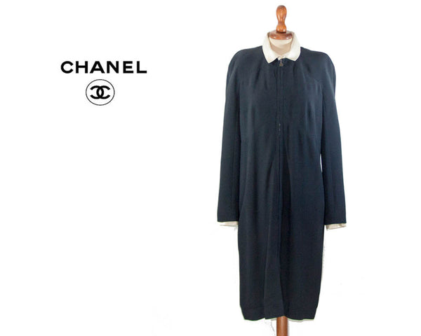Coco Chanel Vintage Auth Boutique 1990s dress / vintage / dark blue dress white collar / Chic dress size FR 42 - MyLoftVintage