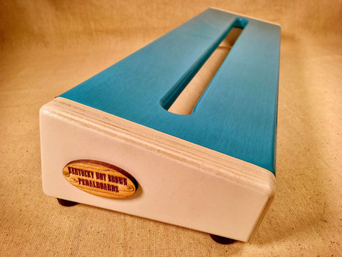 Hot Box 2.0 - Oasis Blue & White - Pedalboard by KYHBPB