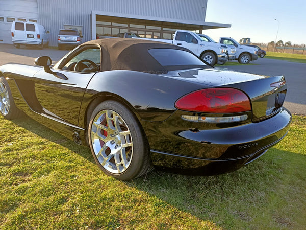 Dodge Viper SRT-10 Cab Collector