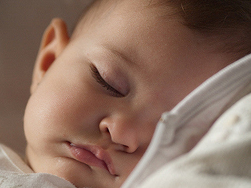 The 4 Best Tips for Getting Baby to Sleep Through the Night