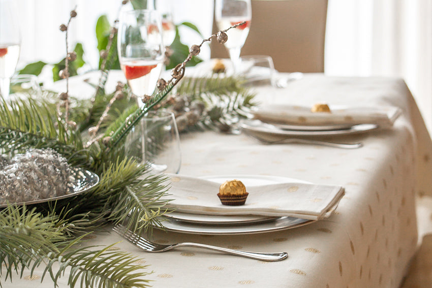 Top Picks to Create Your Perfect Holiday Table